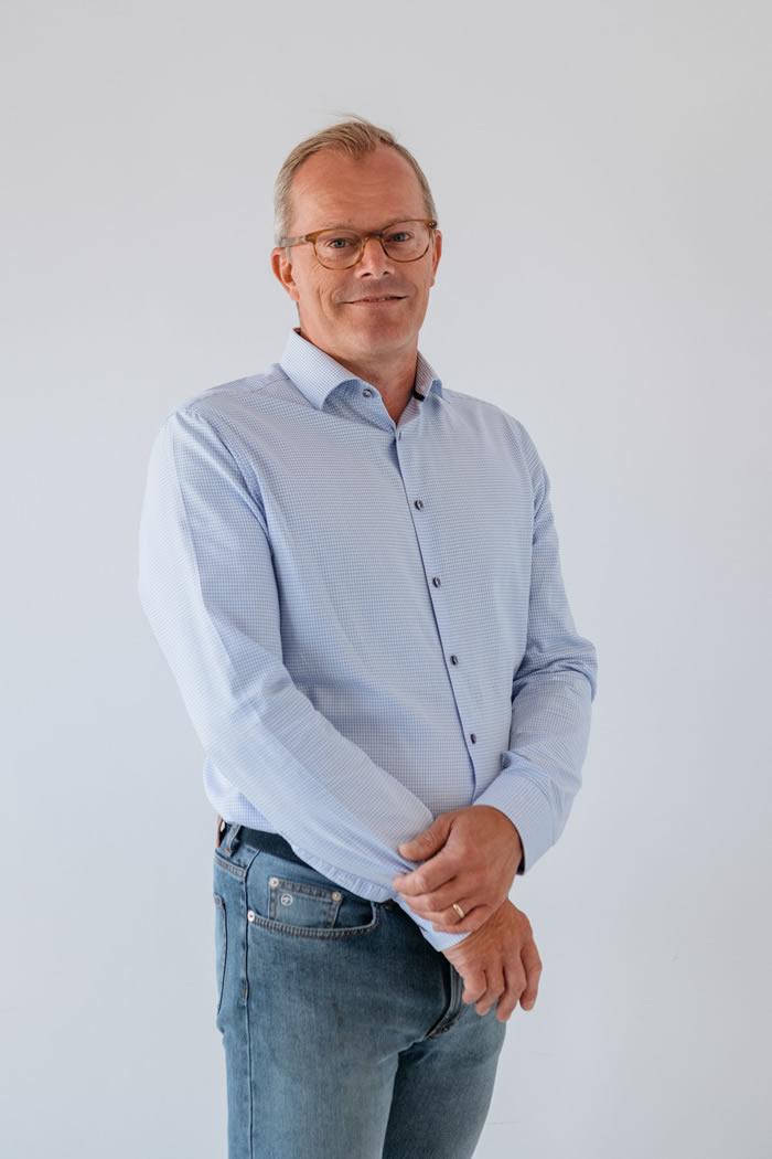 Dentaal Tema Peter Van Den Broucke